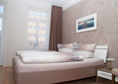 Villa_Glueckspilz_Kuehlungsborn_Meeresbrise_Schlafzimmer1_2