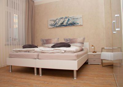 Villa_Glueckspilz_Kuehlungsborn_Meeresrauschen_Schlafzimmer2_3